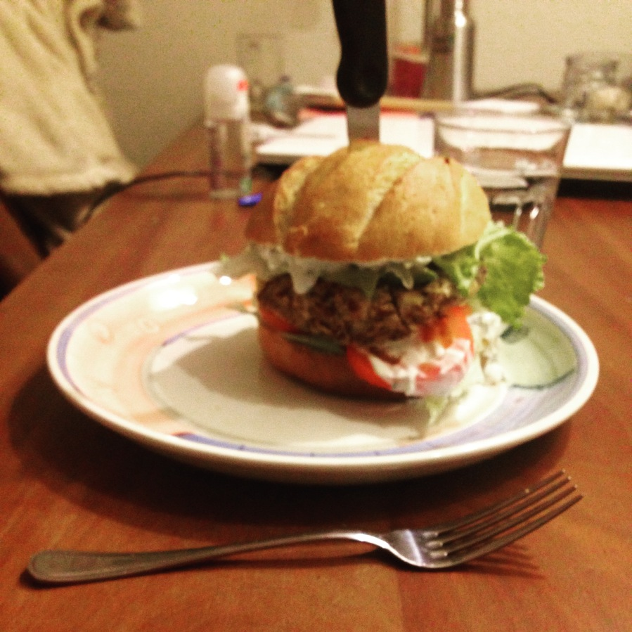 Bruine-bonenmaïsburger
